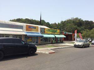 Boutiques du centre commercial de Bas Du Fort à Gosier
