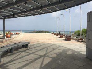 jolie esplanade avec une vue magnifique sur l'Ilet du Gosier